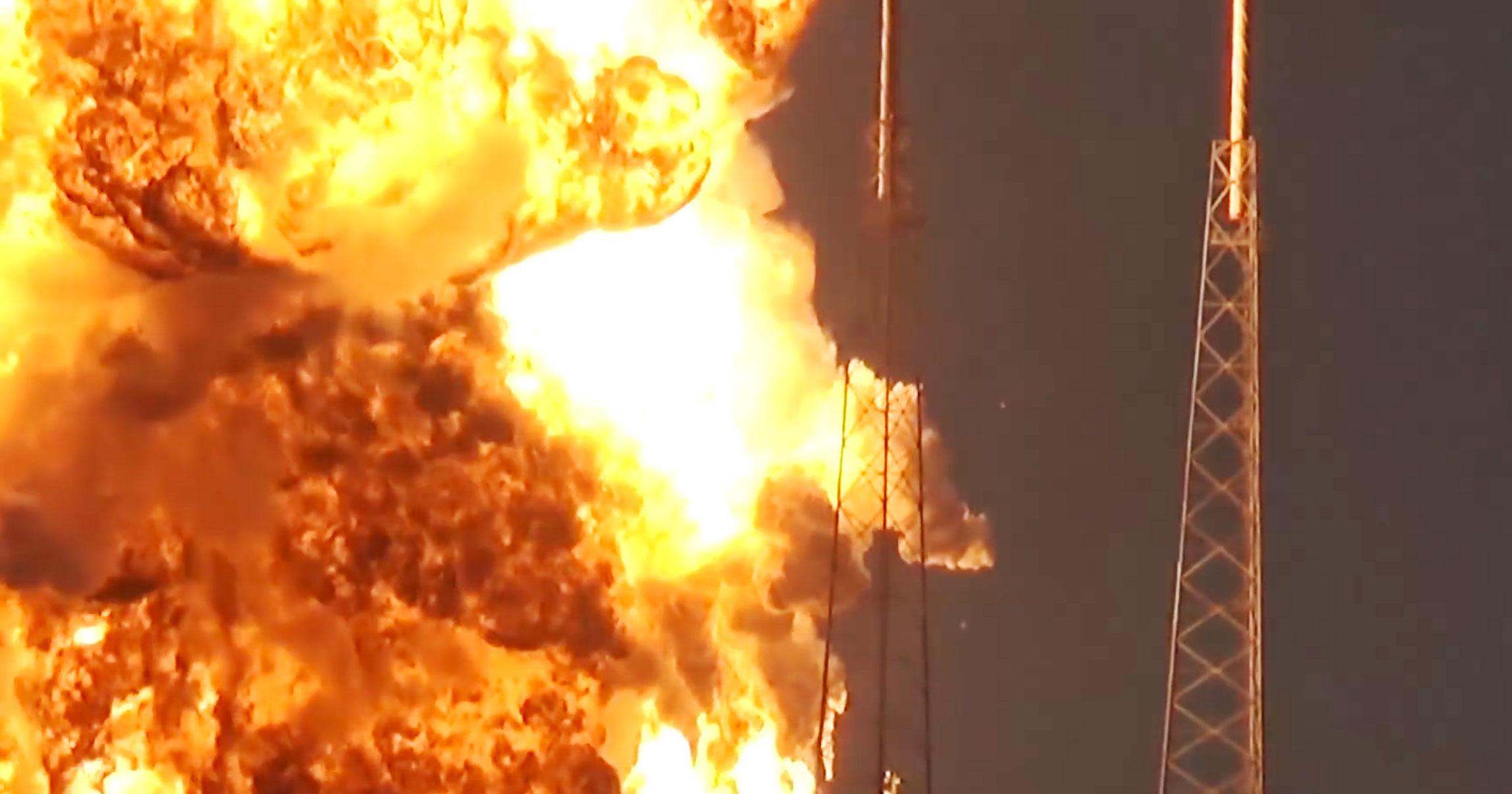 SpaceX_Falcon_9_Amos_6_B