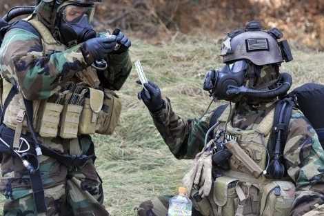 Attaque chimique en Syrie : les accusations d'Israël, les certitudes de la France