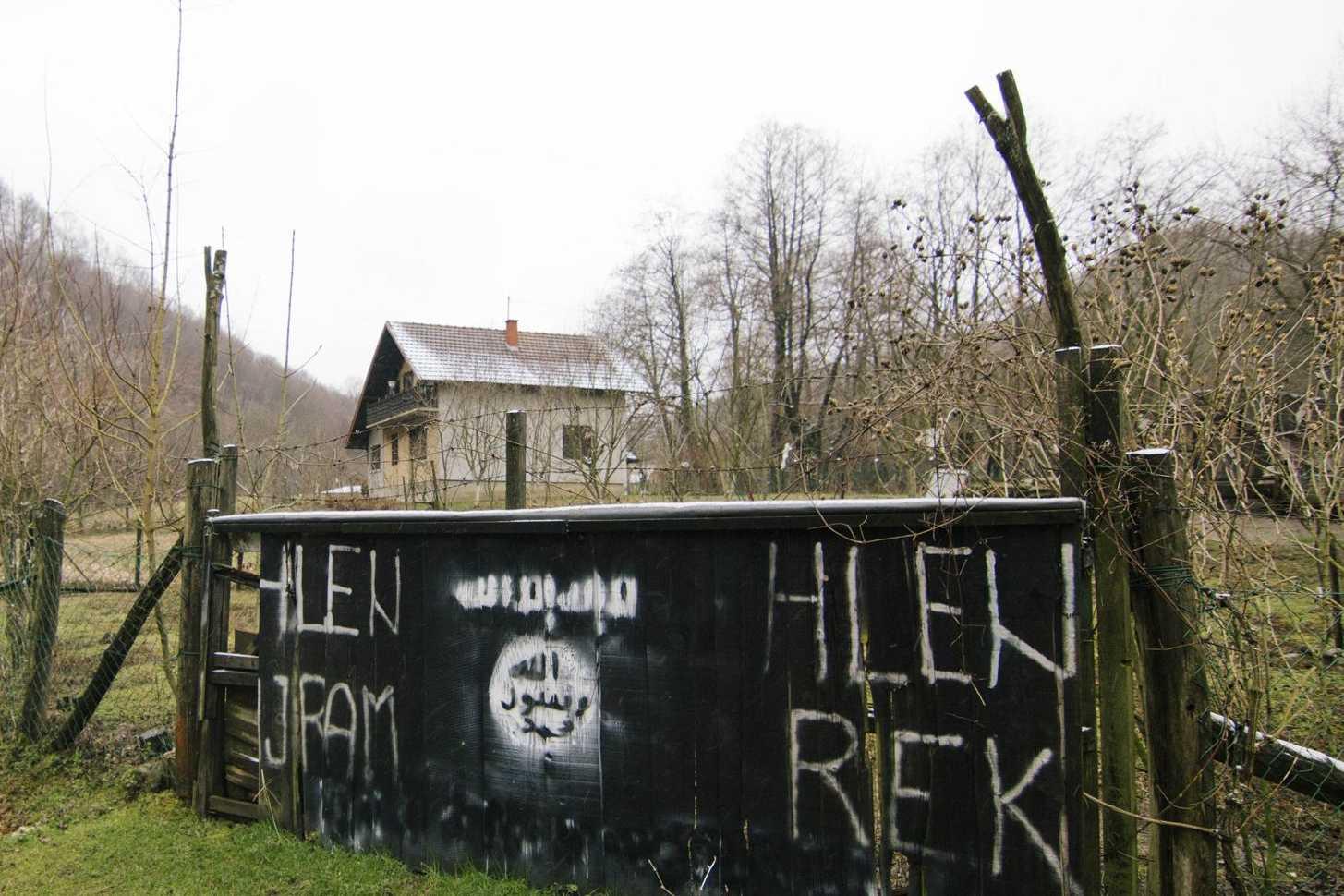 bosniaque musulman datant eassoumissionnaires co stars datant