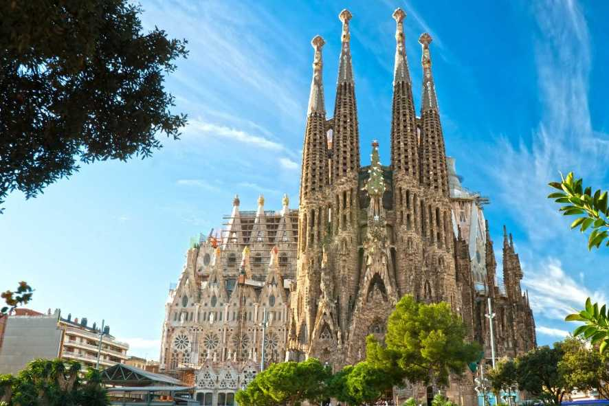 Espagne: messe à la Sagrada Familia, dans un pays en deuil