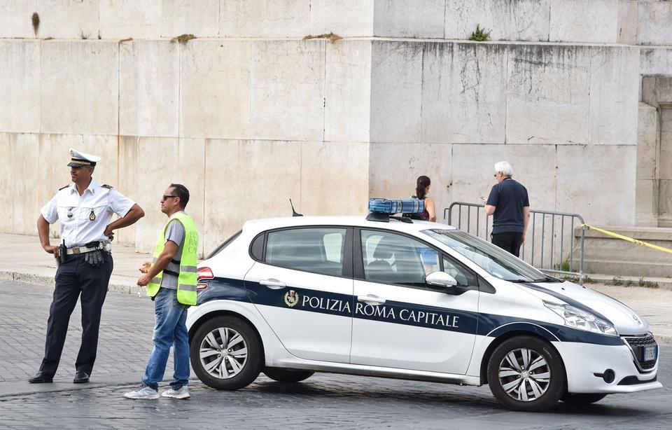Arrestation d'une mère de famille recherchée par la France — Départ en Syrie