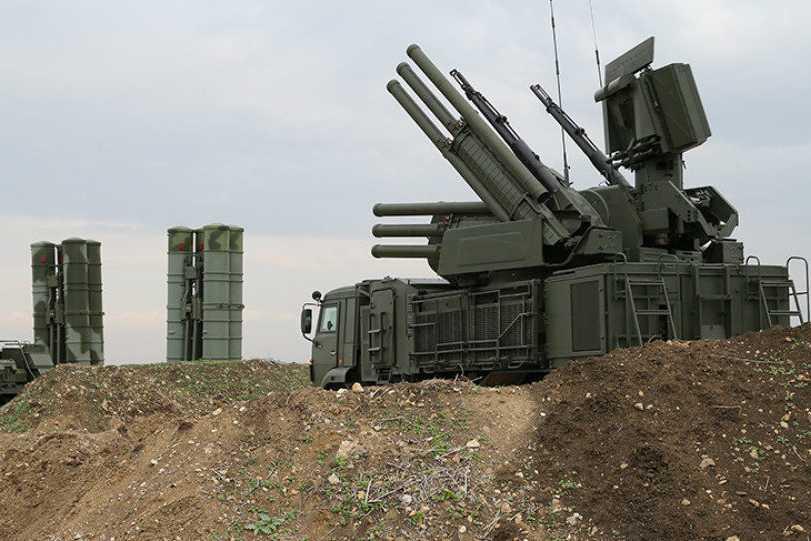 Attaque de drones contre des objectifs russes — Syrie