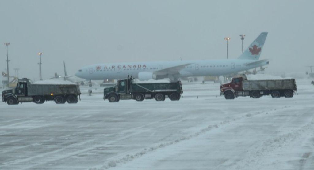 Canada : un smartphone prend feu à bord d'un avion