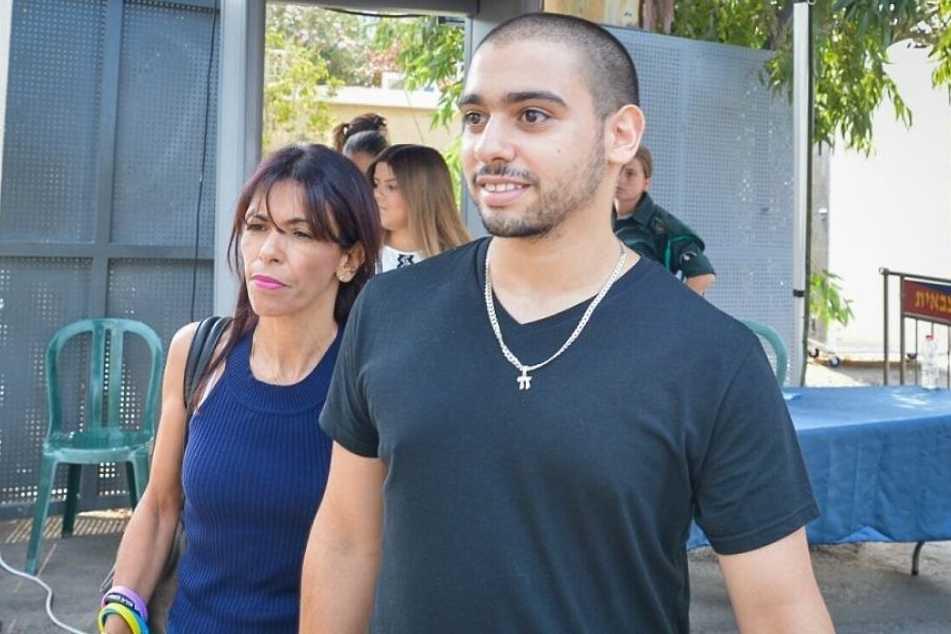 Le soldat israélien, ayant achevé un palestinien blessé, libéré