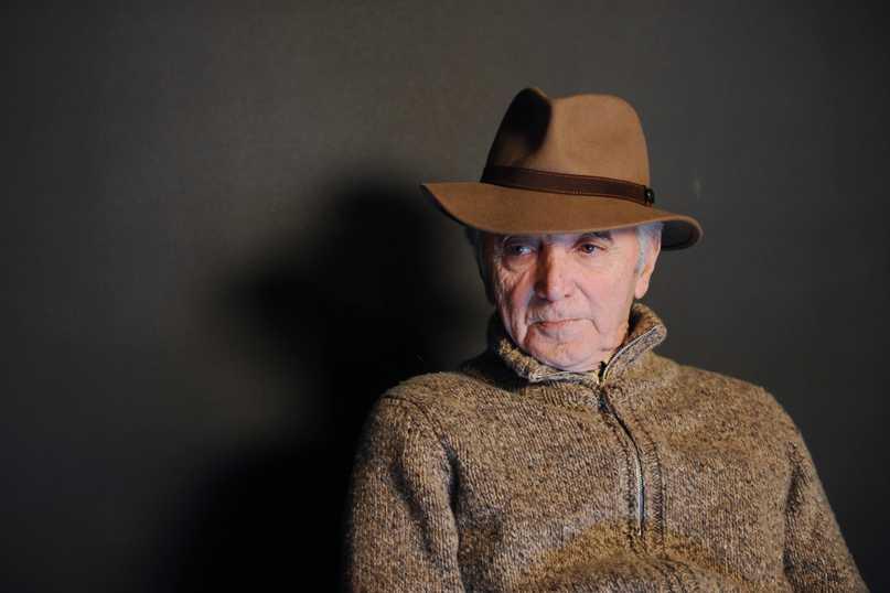 Un hommage national prévu ce vendredi aux Invalides — Charles Aznavour