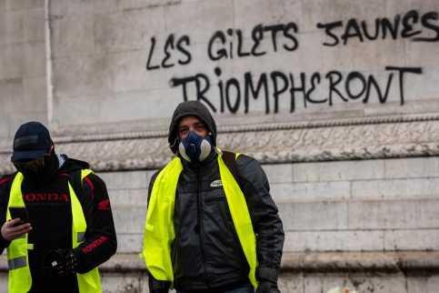 fbfee0128d66d Gilets Jaunes   Entre fête, violence et... défaite  - JForum