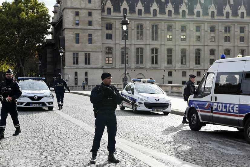 Agression mortelle à la préfecture de police de Paris