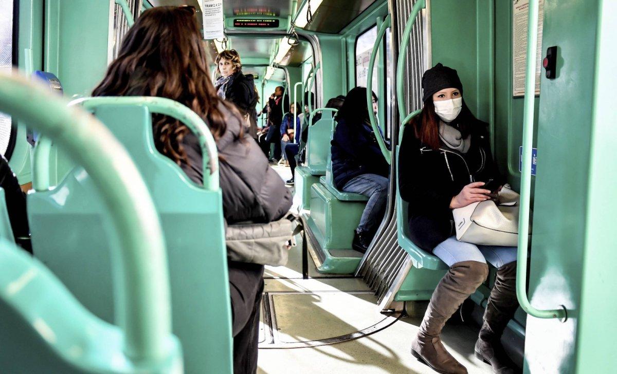 Coronavirus en Vénétie, livré les masques gratuits, sont en distribution